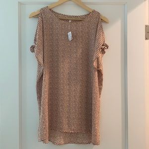Brand new!!  Maurice's cold shoulder top